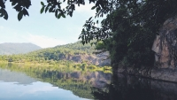 Khu hồ Xanh Sơn Trà nơi dành cho những đôi uyên ương